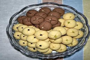 طرز تهیه شیرینی بهشتی ساده و خوشمزه برای عید