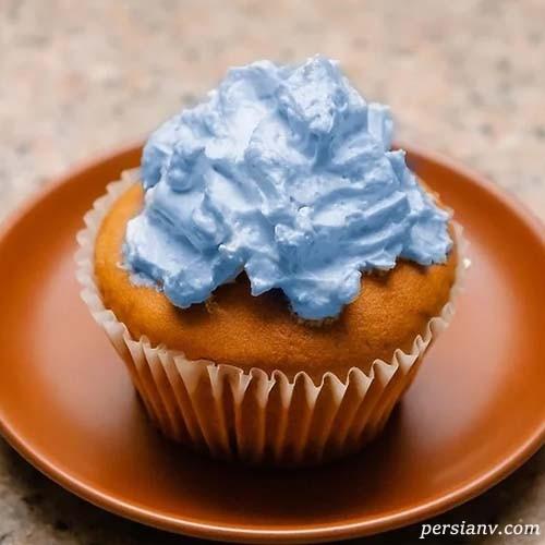 رنگ خوراکی آبی را در خانه درست کنید