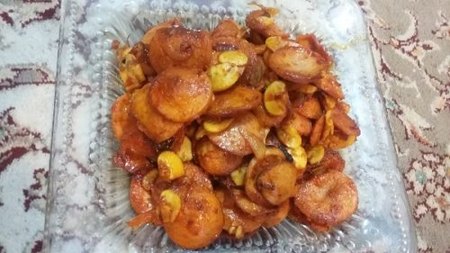 خوراک سوسیس با قارچ