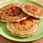 طرز تهیه پنکیک آناناس برگردان صبحانه ای شیک و خوشمزه