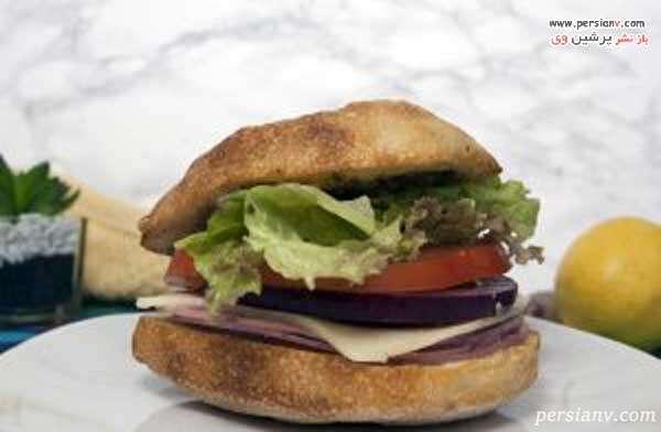 ساندویچ ایتالیایی سالامی پستو