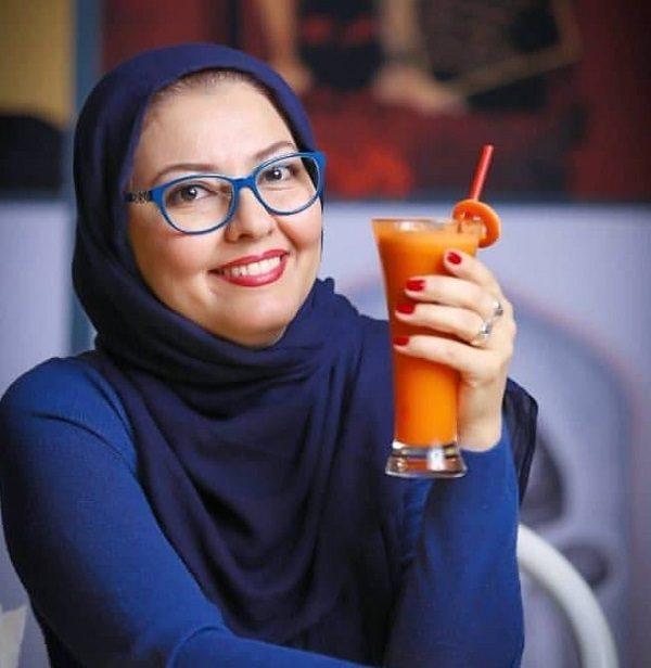 بیوگرافی آناهیتا همتی