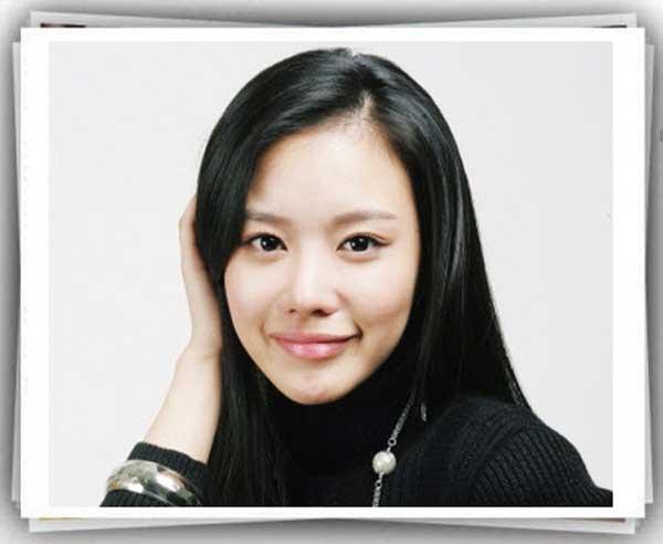 بیوگرافی کیم آه جونگ (بازیگر کره ای )