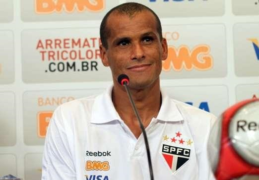 بیوگرافی کامل ریوالدو ( مهاجم برزیلی ) +عکس های جدید ایشان