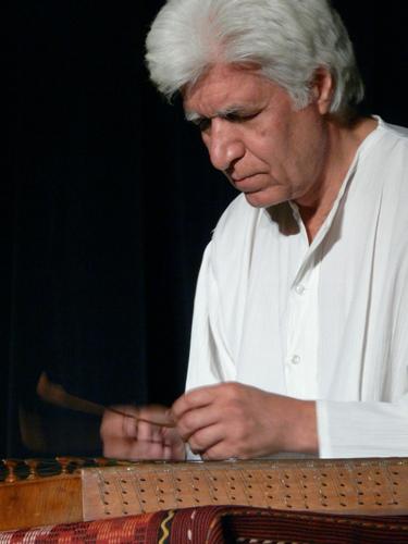 بیوگرافی کامل مجید کیانی ( نوازنده سنتور ) +عکس های جدید ایشان