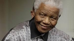 بیوگرافی کامل نلسون ماندلا ( نخستین رئیس جمهور آفریقای جنوبی ) +عکس های جدید ایشان