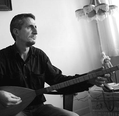 بیوگرافی کامل محسن نامجو ( خواننده و ترانه سرا) +عکس های جدید ایشان
