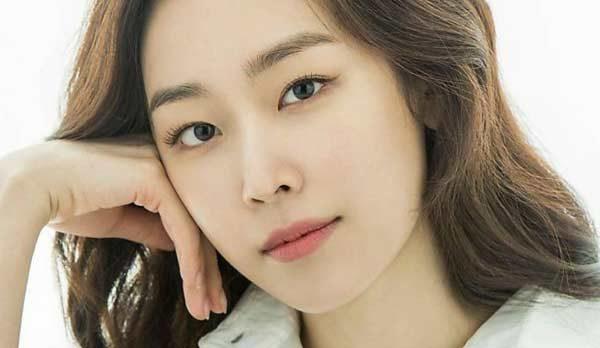حقایق جالب زندگی شخصی و حرفه ای سئو هیون جین بازیگر مشهور کره ای