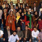 عکس یادگاری هنرمندان با پور عرب