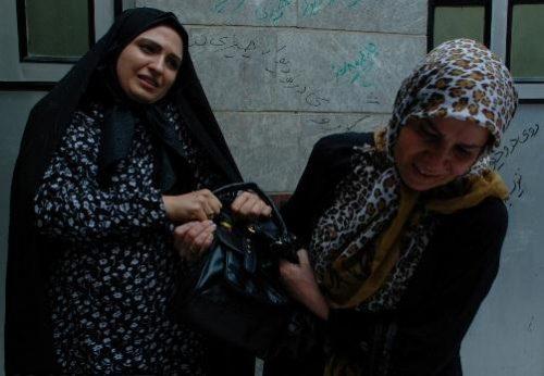 دردسر های یک بازیگر زن تلویزیون در بازار تهران +عکس