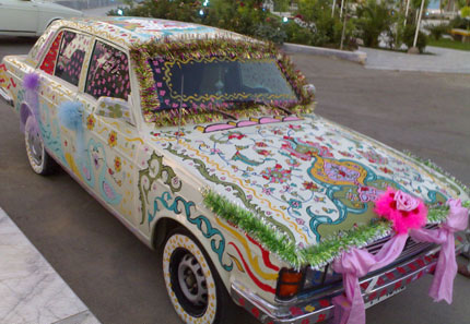عکس : این ماشین عروس یا دفتر نقاشی ؟!