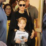 عکس زیبا از صورت خندان آنجلینا جولی و پسرش در نیویورک