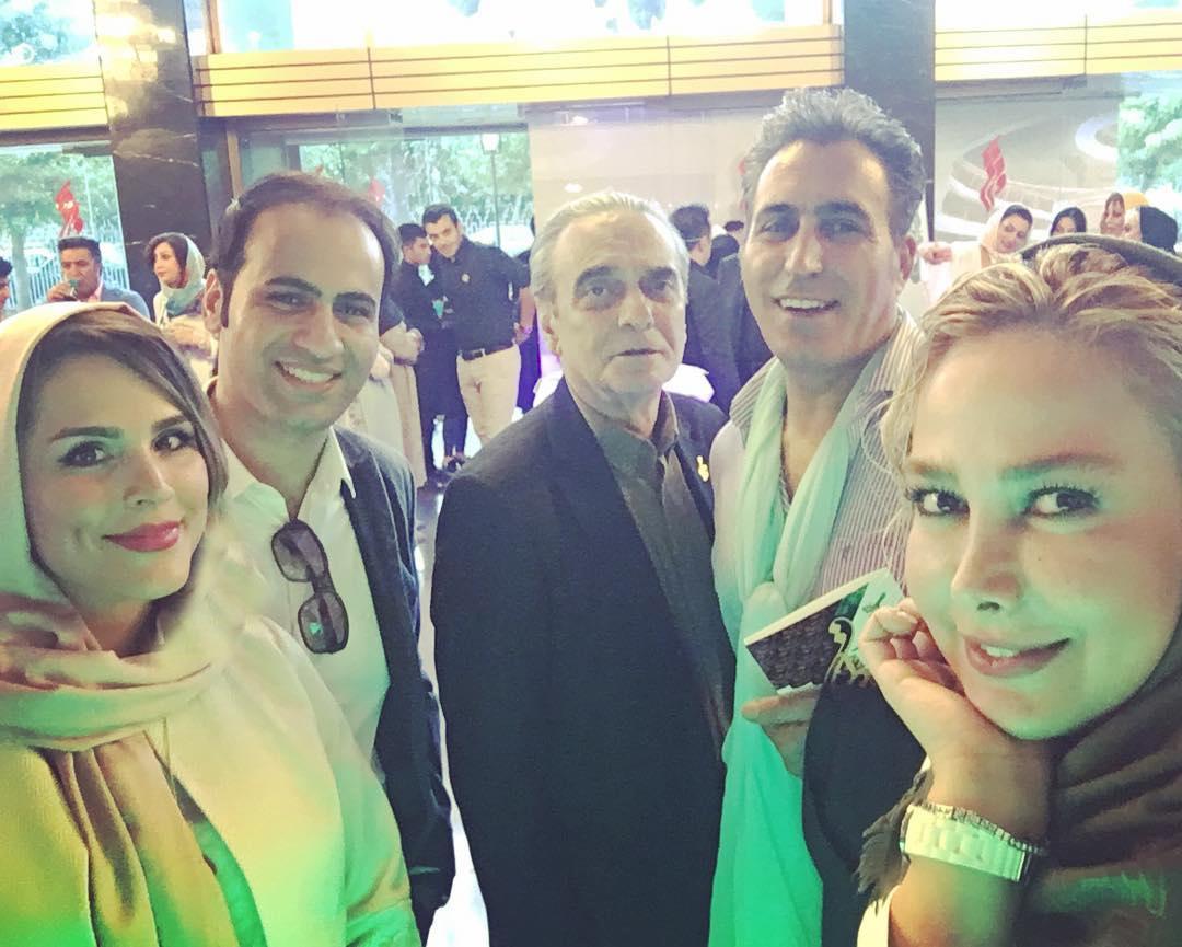 تندیسهای جشن حافظ در دست بزرگان سینما / از علی نصیریان تا مهران مدیری و جمشید هاشمپور و مهتاب کرامتی +تصاویر