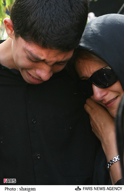 عکسهایی از مراسم تشییع پیکر سیف الله داد