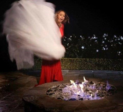 ماریا کری بخاطر اختلاف با داماد لباس عروسی ۱ میلیاردی اش را آتش زد! +عکس