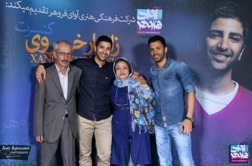 عکس های جدید بازیگران و چهره های مشهور در کنار پدر و مادرهایشان (89)