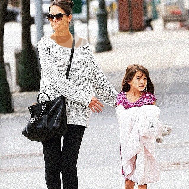 عکس زیبای کیتی هلمز در کنار سوری کروز دوست داشتنی (دختر تام کروز)