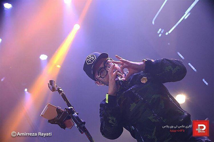 حاشیه های کنسرت محمدرضا گلزار