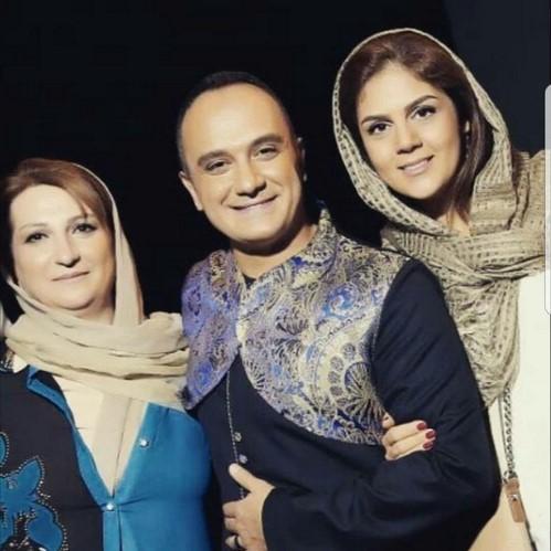 بازیگران و چهره های مشهور در کنار پدر و مادرهایشان 132