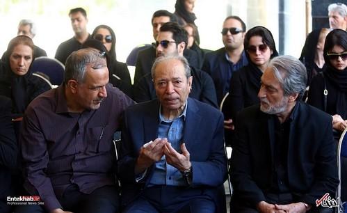 تشییع پیکر عزت الله انتظامی