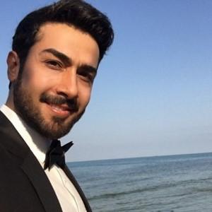 حسین مهری ؛ از شایعه ازدواج با ویدا جوان و بازیگر شدن با ۱۱۸ تا سریال حوالی پاییز  سبک زندگی افراد مشهور (۲۷۲)