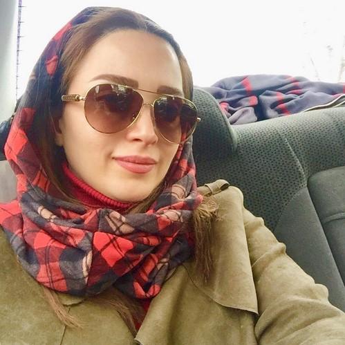 چهره ها در شبکه های اجتماعی (604) از سفره دل بهنوش طباطبایی تا پارسا پیروزفردر نمایشگاه نقاشی آناهیتا درگاهی !!!