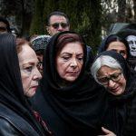 چهره ها در مراسم تشییع پیکر حسین محب اهری | از فرحناز منافی ظاهر تا نگار جواهریان!
