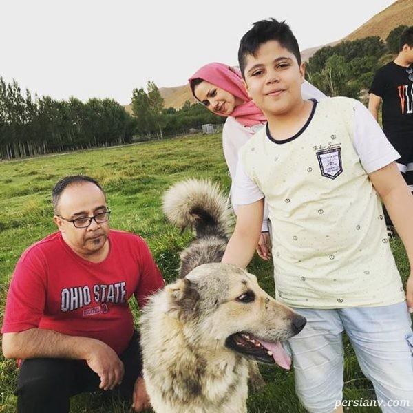 مرحوم علی ابوالحسنی با همسر و پسرش
