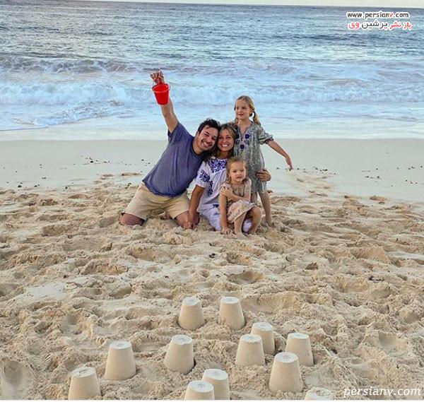جیمی فالون و همسر و فرزندانش