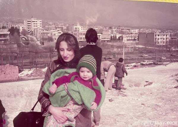 نگار جواهریان و مادرش