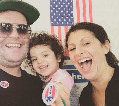 تصاویر دیدنی از ستاره های هالیوود ، پای صندوق های رای