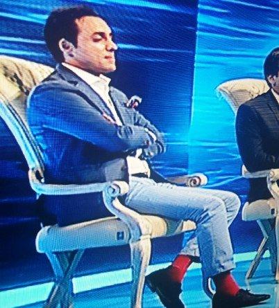 جوراب قرمز امیرحسین رستمی در برنامه ماه عسل سوژه شد ! +عکس