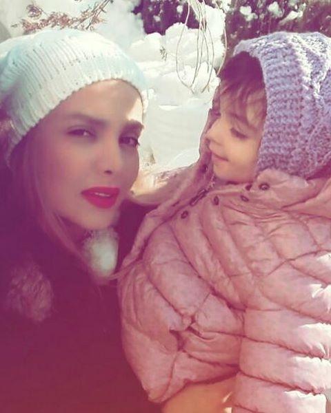 عکس همسر امیرمهدی ژوله در کنار دخترش گندم