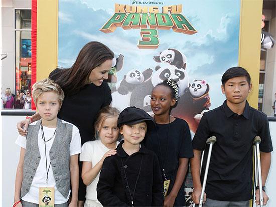با ۶ فرزند آنجلینا جولی و برد پیت آشنا شوید / سرمایه مشترک ۵۰۰ میلیون دلاریِ برانجلینا بین آنها تقسیم میشود!!!