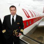 بازیگر سرشناس و محبوب، هواپیمای بویینگ ۷۰۷ هدیه داد
