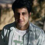 هومن حاجی عبداللهی زیر سنگ له شد! +فیلم