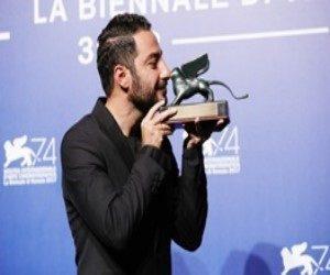 حرکت غیراخلاقی نوید محمدزاده در جشنواره ونیز