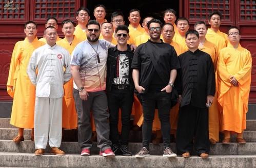 رضا گلزار و امین حیایی در چین