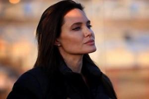 ظاهر ساده و احساسات رقیق آنجلینا جولی در سفر به عراق