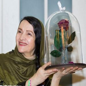 جشن تولد گلاب آدینه و رونمایی از پوستر مستند در جستجوی فریده