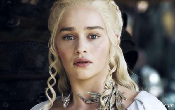 اشکهای امیلیا کلارک در آخرین روز فصل هفت بازی تاج و تخت
