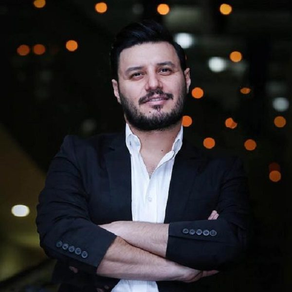 مروری بر کارنامه درخشان جواد عزتی ؛ ستاره ایی پرمخاطب و جذاب