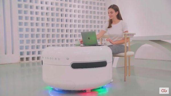 میز هوشمند برای شارژ گوشی و سرو نوشیدنی