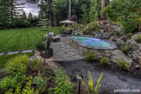 حیاط و باغچه