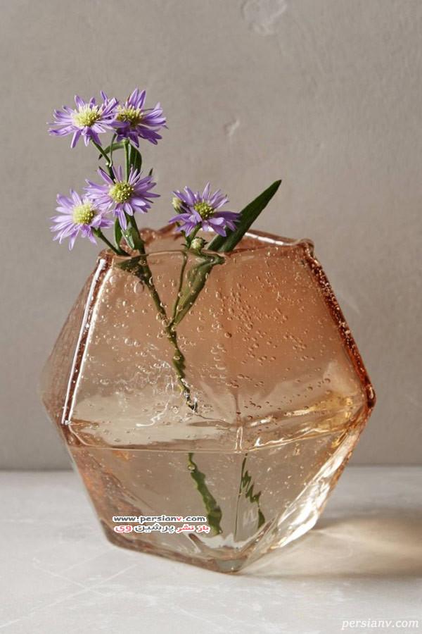 گلدان گل های بهاری