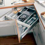 مدل کشوهای گوشه آشپزخانه برای استفاده بهینه از فضای موجود +عکس
