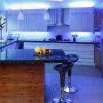 نور پردازی در آشپزخانه باید به چه صورتی باشد؟