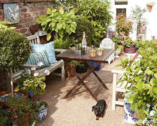 ایده هایی برای داشتن یک باغچه زیبای کوچک