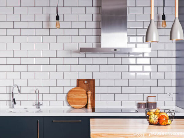 دیوار آشپزخانه را به شکل تخته سیاه تزیین کنید