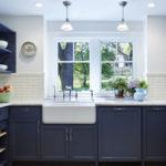 طراحی دکوراسیون داخلی آشپزخانه با رنگهای بژ و قرمز + تصاویر